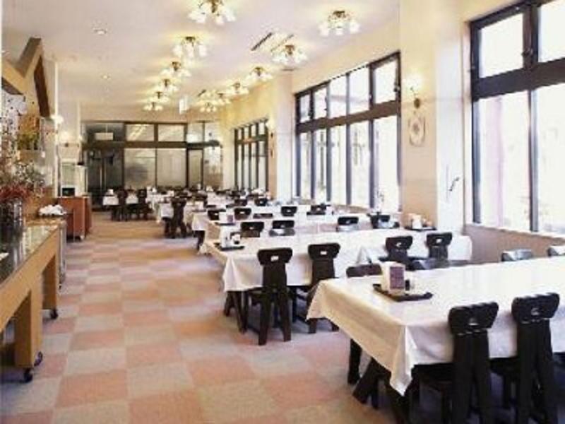 ヴィラチェリオ/食堂