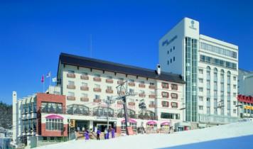 【オリオンツアーで行く】北志賀竜王/初すべり/ゲレ近ホテル~お宿おまかせ/夜発バス
