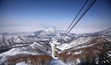初すべり2017~2018夜発日帰り【北志賀竜王スキーパーク】のスキー・スノボツアー