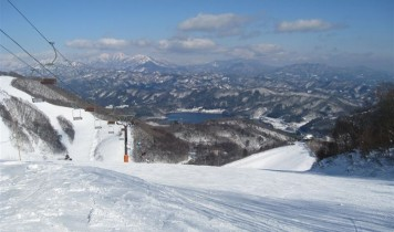 初すべり2017~2018夜発日帰り【HAKUBA VALLEY鹿島槍】のスキー・スノボツアー