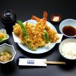 昼食は天ぷら御膳