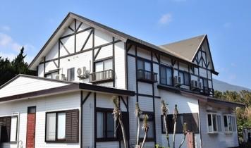 八丈島/選べる民宿(東京発着/7~9月)