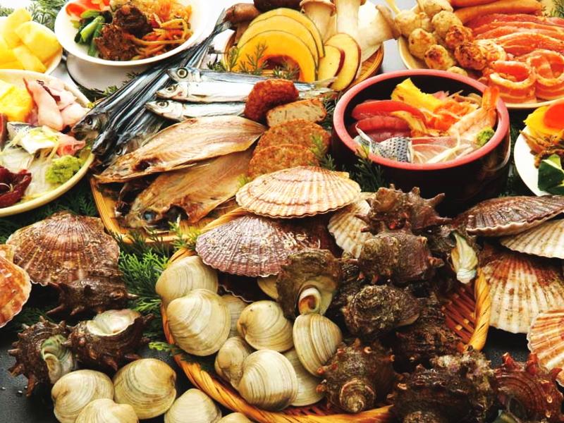 浜焼き食べ放題の昼食
