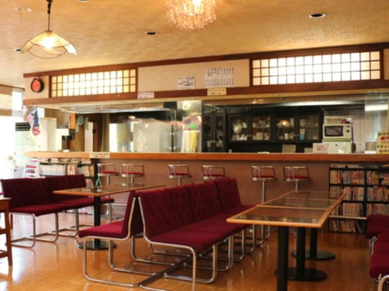 ロッジ幸/館内喫茶コーナー