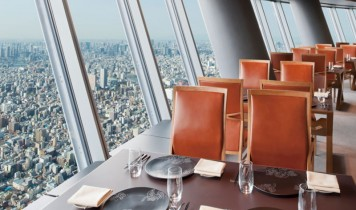 【ピアニシモで行く】日本一の眺望レストラン「Sky Restaurant 634」至福のひととき