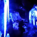 天然クーラー「鳴沢氷穴」探検